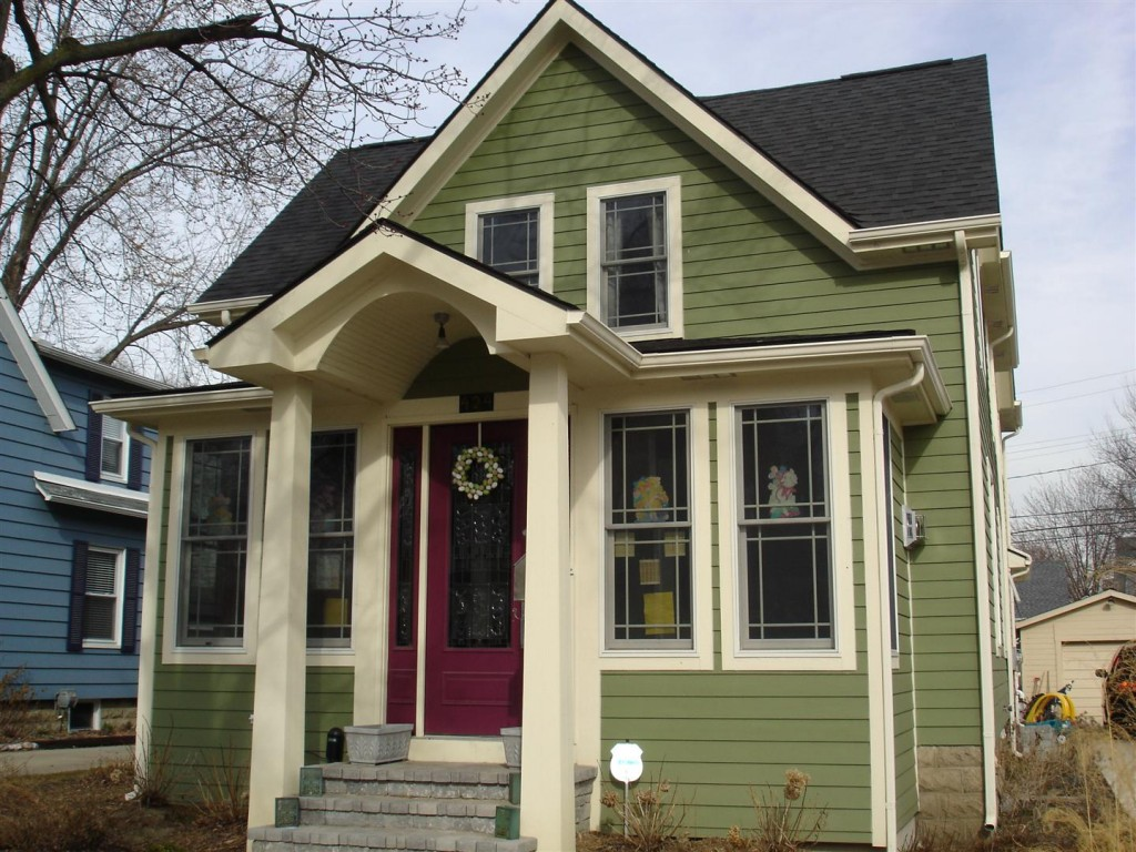fiber cement siding vs vinyl siding - what's better?